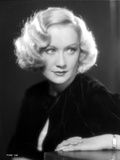 Miriam Hopkins Leaning on Table Portrait