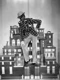Fred Astaire on Miniature Building