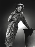 Joan Fontaine Looking Up Pose