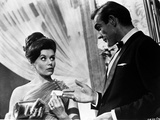 Doctor No Couple Scene in Classic