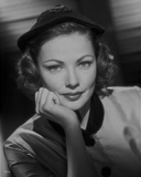 Gene Tierney smiling in Shadows