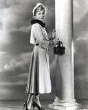 Joan Fontaine Side Ways Pose