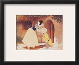 Walt Disney's Snow White and the Seven Dwarfs: Snow White Kisses Dopey