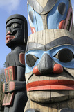 British Columbia, Vancouver Island. Human Above Killer Whale Above Indian Chief Holding Copper Papier Photo par Kevin Oke