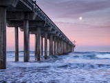 USA  California  La Jolla  Full Moon Setting at Dawn over Scripps Pier  La Jolla Shores