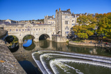 Bath Weir and Pulteney Bridge on the River Avon  Bath  Somerset  England  United Kingdom