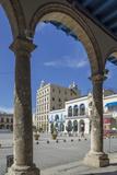 Plaza Vieja  UNESCO World Heritage Site  Havana  Cuba  West Indies  Caribbean  Central America