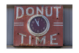"""Donut Timr"" Clock  Close-Up"