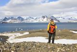 Norway  Spitsbergen  Saint Jonsfjord  Coast  Tourist  Back View