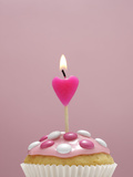 Muffin  Icing  Pink  Chocolate Beans  Candle  Heart Form  Burn  Detail