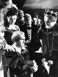 Hamlet  from Left: Eileen Herlie  Laurence Olivier  Basil Sydney  1948