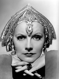 Mata Hari  Greta Garbo  Portrait by Clarence Sinclair Bull  1931