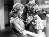 A Streetcar Named Desire  from Left: Vivien Leigh  Kim Hunter  1951