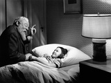 Miracle on 34th Street  from Left  Edmund Gwenn  Natalie Wood  1947