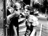 A Streetcar Named Desire  from Left  Vivien Leigh  Kim Hunter  1951