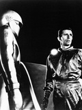 The Day the Earth Stood Still  from Left: Lock Martin  Michael Rennie  1951