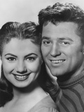 Carousel  from Left: Shirley Jones  Gordon Macrae  1956