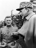 Paths of Glory  from Left: Kirk Douglas  George Macready  1957