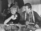 Stagecoach  from Left: Claire Trevor  John Wayne  1939