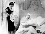 Dinner at Eight  from Left  Hilda Vaughn  Jean Harlow  1933
