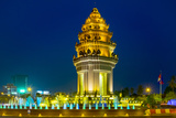 Independence Monument at Night  Phnom Penh  Cambodia  Indochina  Southeast Asia  Asia