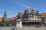 Town Square with Statue of Jan Pieterszoon Coen  Dutch East India Company  Hoorn  Holland  Europe