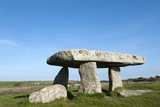 Chamber Tomb of Lanyon Quoit  Land's End Peninsula  Cornwall  England