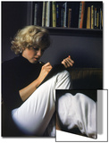 Marilyn Monroe Writing at Home Acrylique par Alfred Eisenstaedt