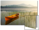 An Adirondack Guide Boat in a Calm Lake with Whiteface Mountain in the Background Acrylique par Michael Forsberg