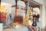 July 1973: Shopping Bermuda