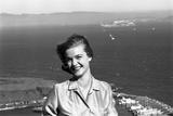 Anne Henderson  21  on Vista Point at the Golden Gate Bridge  San Francisco  California