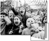 Children at a Puppet Theatre, Paris, 1963 Acrylique par Alfred Eisenstaedt