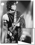 Prince, Engages the Guitar During Concert, 1984 Acrylique par Vandell Cobb