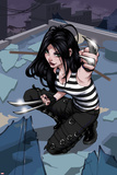 X-23 No1 Cover: X-23 Kneeling