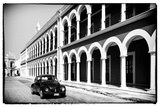 ¡Viva Mexico! B&W Collection - Black VW Beetle Car in Campeche
