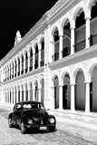 ¡Viva Mexico! B&W Collection - Black VW Beetle Car in Campeche VI