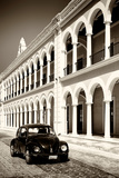 ¡Viva Mexico! B&W Collection - Black VW Beetle Car in Campeche V
