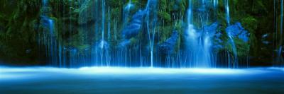 Mossbrae Falls, Sacramento River, Shasta Cascade, Dunsmuir, California, USA Photographic Print