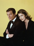 Moonraker by Lewis Gilbert with Roger Moore, Lois Chiles, 1978 (photo) Live and Let Die, Roger Moore, 1973 Octopussy by John Glen with Roger Moore, 1983 (photo) THE MAN WITH THE GOLDEN GUN, 1974 directed by GUY HAMILTON Maud Adams, Roger Moore and Britt Ekland L' Espion qui m'aimait THE SPY WHO LOVED ME by LewisGilbert with Roger Moore and Barbara Bach, 1977 THE MAN WITH THE GOLDEN GUN, 1974 directed by GUY HAMILTON Christopher Lee / Roger Moore (photo) The Persuaders Michelin, Tire James Bond Roger Moore The Persuaders! Roger Moore, Britt Ekland, Maud Adams, The 007, James Bond: Man with the Golden Gun,1974