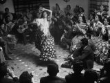 Gypsy Dancer Performing Papier Photo par Dmitri Kessel