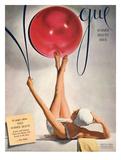 Vogue Cover - May 1941 - Having a Ball Giclée premium par Horst P. Horst