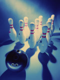 Bowling (SuperStock Photography)