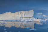 Greenland  Disko Bay  Ilulissat  Floating Ice at Sunset