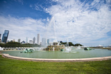 Illinois  Chicago  Grant Park  Buckingham Fountain and Loop Skyline Background