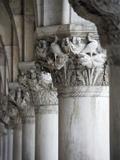 Columns of the Doge's Palace Tableau sur toile par Tom Grill