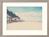 Beach Huts in England Reproduction encadrée par Laura Evans