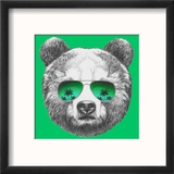 Original Drawing of Bear with Mirror Sunglasses. Isolated on Colored Background Reproduction encadrée par Victoria_novak