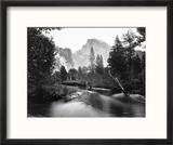 Yosemite National Park, Valley Floor and Half Dome Photograph - Yosemite, CA Reproduction encadrée par Lantern Press