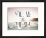 Toi, moi, et la mer Reproduction encadrée par Rebecca Peragine
