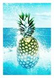 Pineapple and Splashes Reproduction d'art par Tai Prints